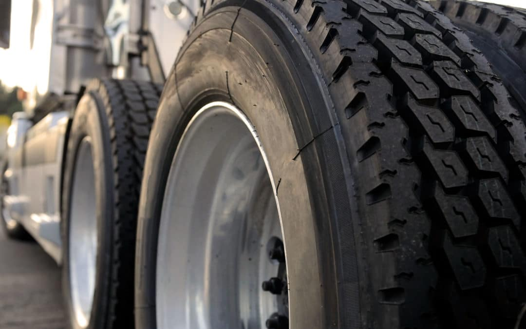 What You Need to Know About Semi Trailer Tires