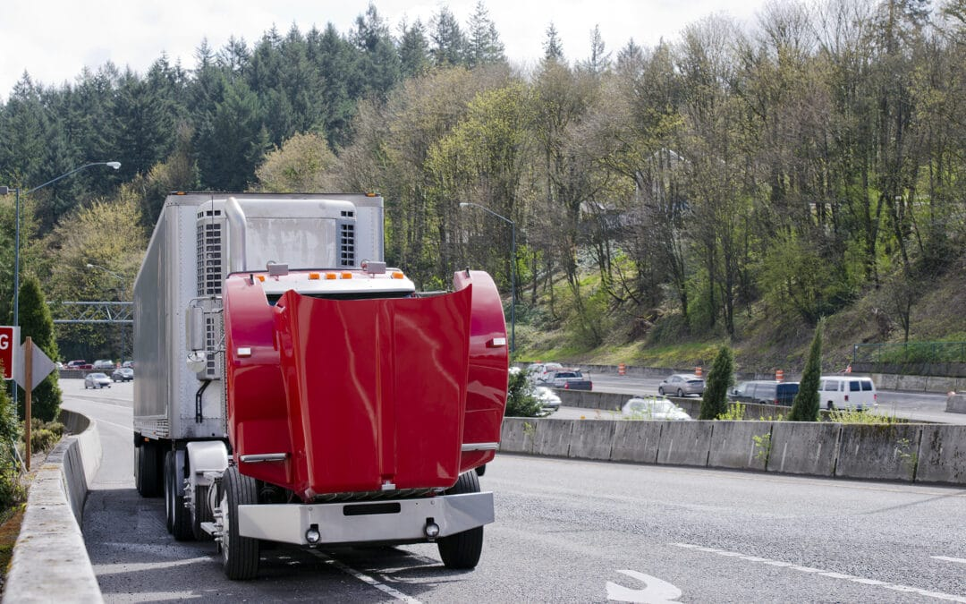 What To Do If Your Tractor-Semi Trailer Rig Breaks Down on the Road